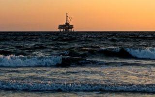 Нефть поднимается выше $60 из-за готовности OPEC сократить добычу сырья