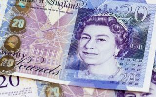 Фунт минимально растет к доллару после Рождества