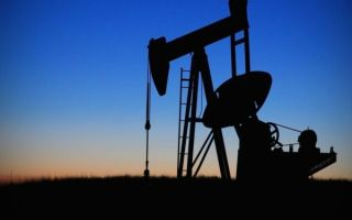 Риски срыва соглашения ОПЕК оказывают давление на нефтяные котировки
