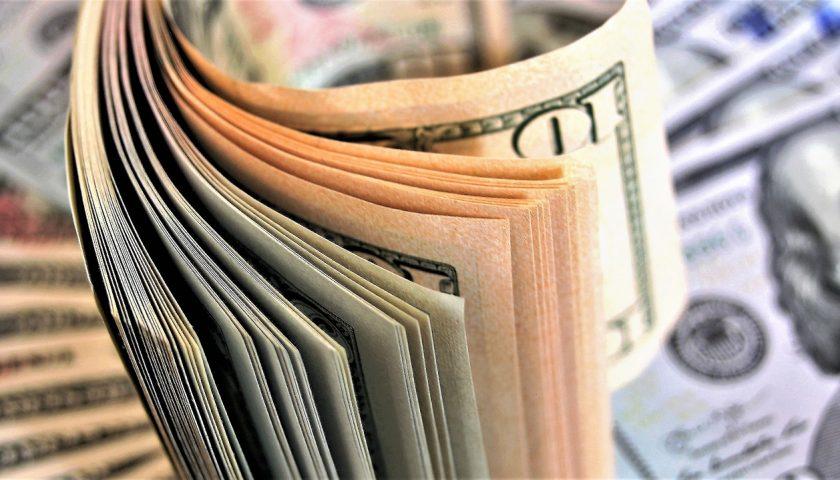 Валютный вклад: плюсы и минусы