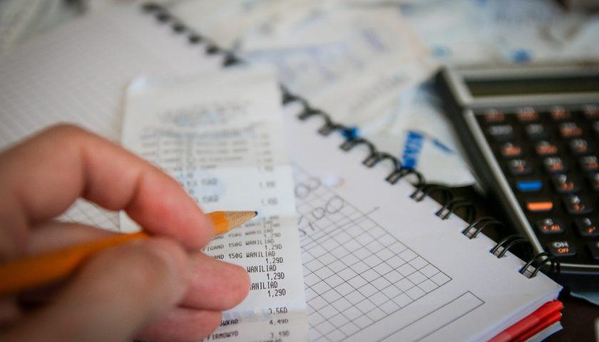 От чего зависят налоги